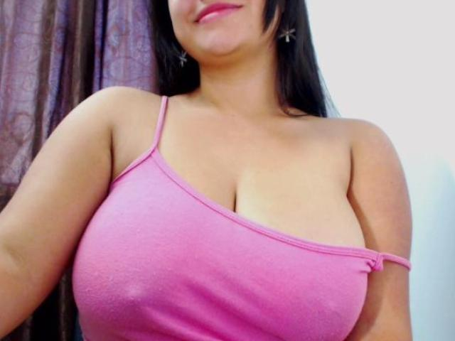 Picture of the sexy profile of PaolaMendoza, for a very hot webcam live show !
