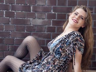 TiffanyFlower live female ejaculation show