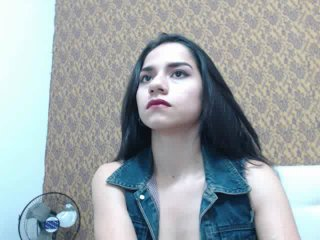 AngelNaughty69 naked video cam room