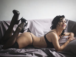 SelenaDream sexy webcam woman