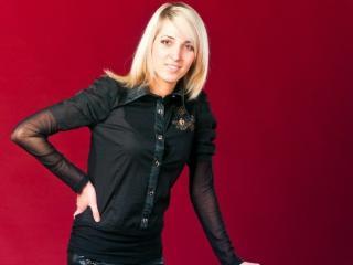 Foto del profilo sexy della modella AliceDelightt, per uno show live webcam molto piccante!