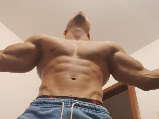 Picture of the sexy profile of AngelinoBoy, for a very hot webcam live show !