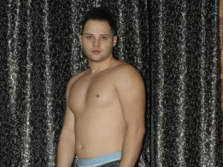 Picture of the sexy profile of BigAngello, for a very hot webcam live show !