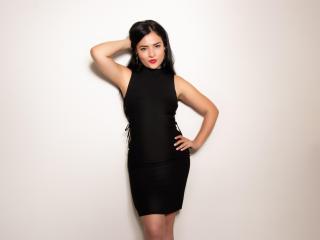 Foto de perfil sexy de la modelo CharlotteHoney, ¡disfruta de un show webcam muy caliente!