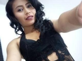 Hình ảnh đại diện sexy của người mẫu ChloehiltonX để phục vụ một show webcam trực tuyến vô cùng nóng bỏng!