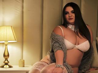Foto de perfil sexy de la modelo CleverTina, ¡disfruta de un show webcam muy caliente!