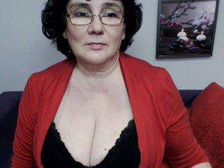 Hình ảnh đại diện sexy của người mẫu DorisMature để phục vụ một show webcam trực tuyến vô cùng nóng bỏng!