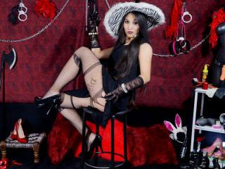Model Elektrabonet'in seksi profil resmi, çok ateşli bir canlı webcam yayını sizi bekliyor!