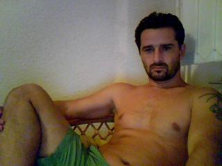 Picture of the sexy profile of Fabiocumm, for a very hot webcam live show !