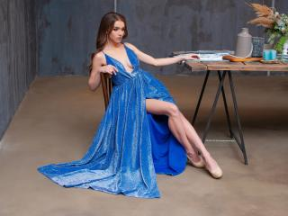 Model FeelingOfPassion'in seksi profil resmi, çok ateşli bir canlı webcam yayını sizi bekliyor!