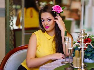 Hình ảnh đại diện sexy của người mẫu GodessWithBigTits để phục vụ một show webcam trực tuyến vô cùng nóng bỏng!