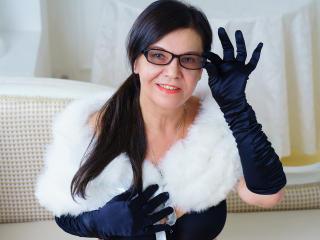 Velmi sexy fotografie sexy profilu modelky HotMatureDesire pro live show s webovou kamerou!