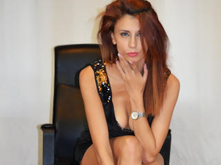JolieMirabella - Chat live sexy with this ordinary body shape Young lady