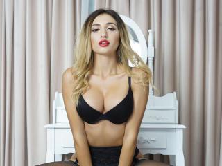 Velmi sexy fotografie sexy profilu modelky JolieRosse pro live show s webovou kamerou!