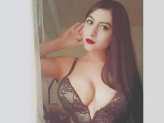 Hình ảnh đại diện sexy của người mẫu KendraLorens để phục vụ một show webcam trực tuyến vô cùng nóng bỏng!