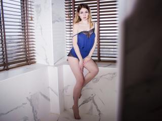 Velmi sexy fotografie sexy profilu modelky LoriFlower pro live show s webovou kamerou!
