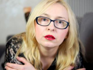 Velmi sexy fotografie sexy profilu modelky LustRosa pro live show s webovou kamerou!