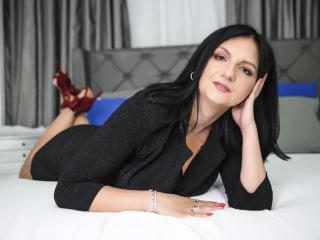 Foto de perfil sexy de la modelo MadameAlexaX, ¡disfruta de un show webcam muy caliente!