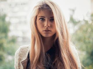 Foto de perfil sexy de la modelo MiaHotKiss, ¡disfruta de un show webcam muy caliente!