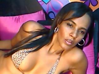 Picture of the sexy profile of NastyEbony, for a very hot webcam live show !