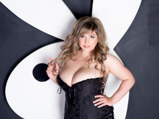 Sexet profilfoto af model QueenDiva, til meget hot live show webcam!