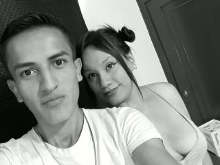 Фото секси-профайла модели RomeoAndJulia, веб-камера которой снимает очень горячие шоу в режиме реального времени!