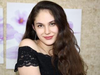 Фото секси-профайла модели SamanthaStylish, веб-камера которой снимает очень горячие шоу в режиме реального времени!