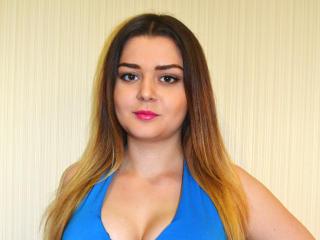 Фото секси-профайла модели ViolaLove, веб-камера которой снимает очень горячие шоу в режиме реального времени!
