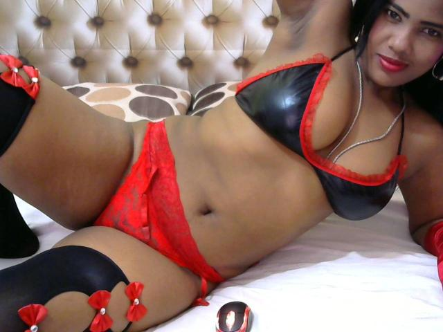 Picture of the sexy profile of Deborah, for a very hot webcam live show !
