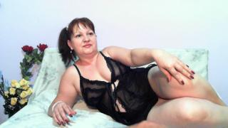 Hyllda - online show hot with this European Hot lady