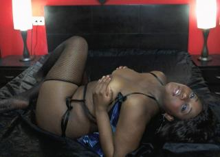 Ebonylips - Sexy live show with sex cam on XloveCam