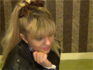 IreneSexy - Sexy live show with sex cam on XloveCam