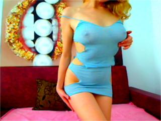 NastyHotEyes - Video chat xXx with a toned body Lady over 35