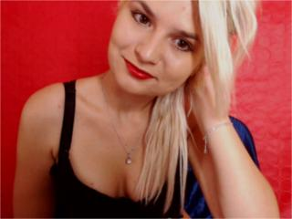 DouceEtSauvage - Sexy live show with sex cam on XloveCam