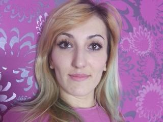 BlondSophia - Sexy live show with sex cam on XloveCam