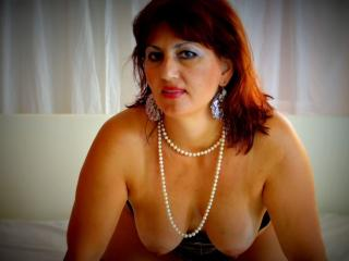 KarenCougar - Sexy live show with sex cam on XloveCam