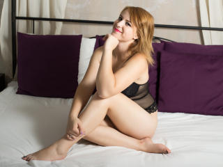 IreneTurner - Sexy live show with sex cam on XloveCam