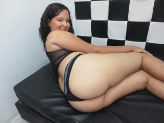 DinaSweety - Sexy live show with sex cam on XloveCam