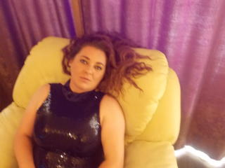 IssabelaLove - Sexy live show with sex cam on XloveCam