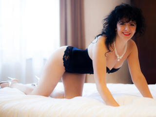 RaisaLove - Sexy live show with sex cam on XloveCam