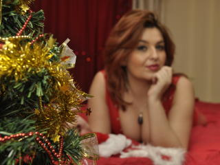 MistressGiulia - Sexy live show with sex cam on XloveCam