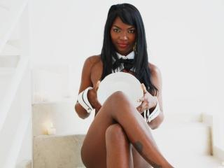 Sussann - Sexy live show with sex cam on XloveCam