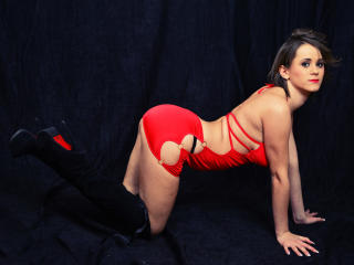 ButterflySophia - Sexy live show with sex cam on XloveCam