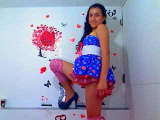 QueenIsabella - Sexy live show with sex cam on XloveCam