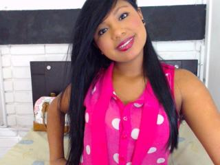 SweetOnix - Sexy live show with sex cam on XloveCam