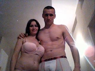 SexyCouplePourToi - Sexy live show with sex cam on XloveCam