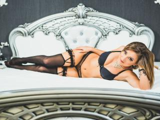 CallieStarr - Sexy live show with sex cam on XloveCam®