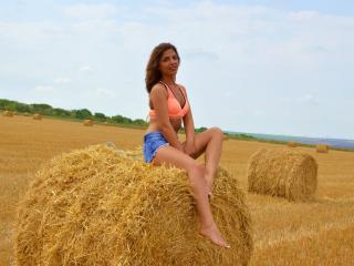 DayanaR - Sexy live show with sex cam on XloveCam®
