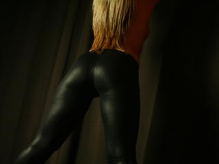 MayraTheQueen - Show sexy et webcam hard sex en direct sur XloveCam®