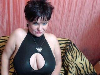 ScarletMature - Show live porn with a shaved intimate parts Lady over 35